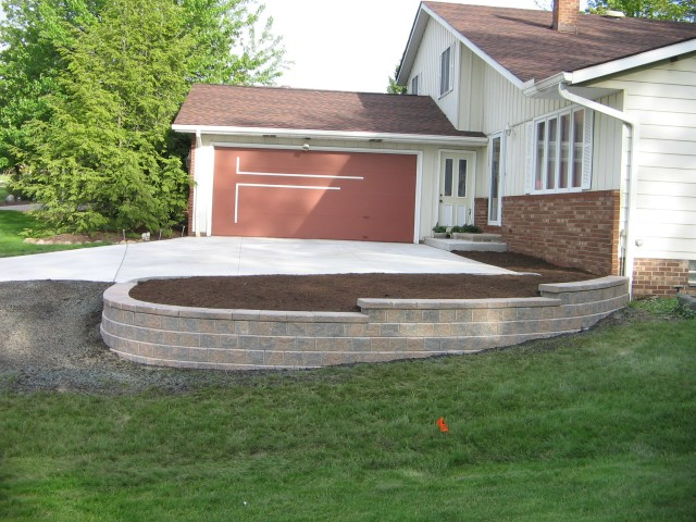Outdoor Living: Patios, Retaining Walls, Decks, Walkways, and Pergolas